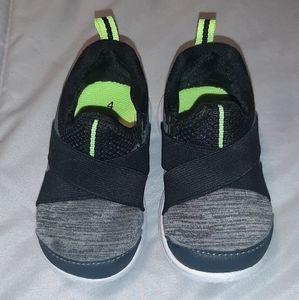 Slip-on tennis shoes